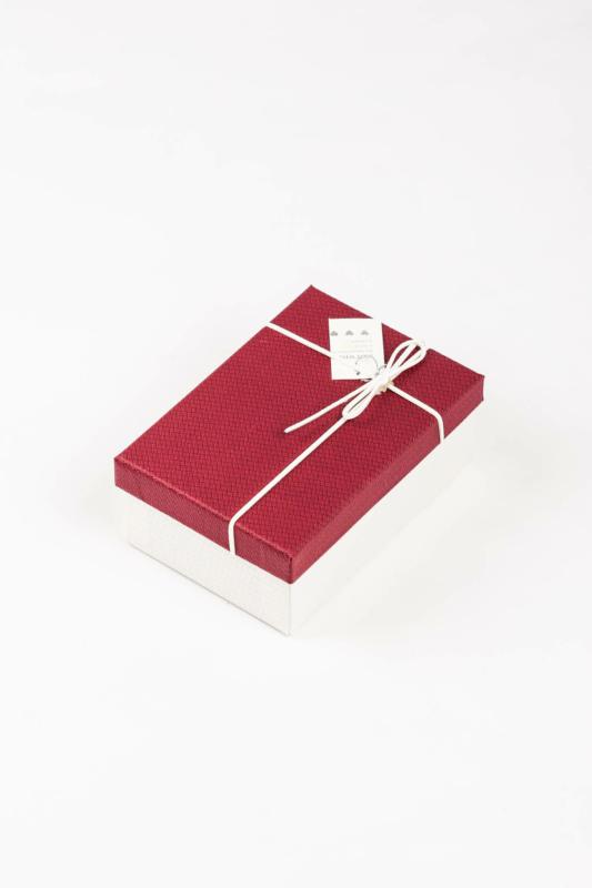 A & ONE Piros És Törtfehér Színű Ékszertartó Doboz Szalaggal, 17 x 11 x 6,5 Cm