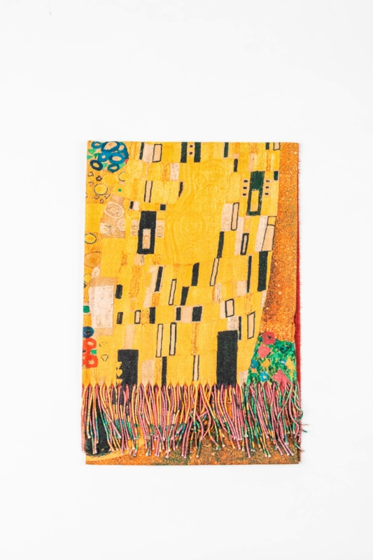 Színes Sál Gustav Klimt Mintával Alján Rojtokkal