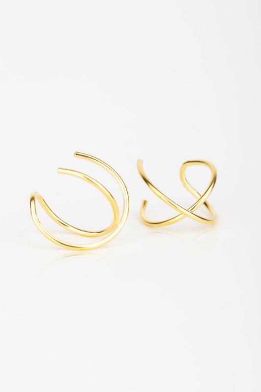 A & ONE Arany színű, S925 Ezüst Füldísz Keresztezett Vonalakból